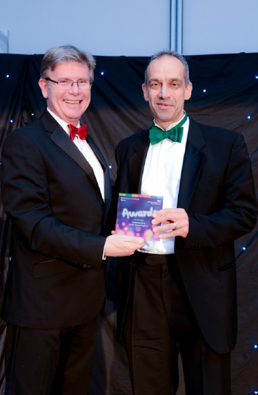 Dr Paul Kalra crowned 'Outstanding Chief Investigator' at CRN Wessex Awards